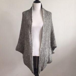 Acrylic black and white comfy shawl